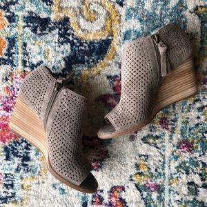 Lucky Brand | Jabilo Leather Open Toed Booties